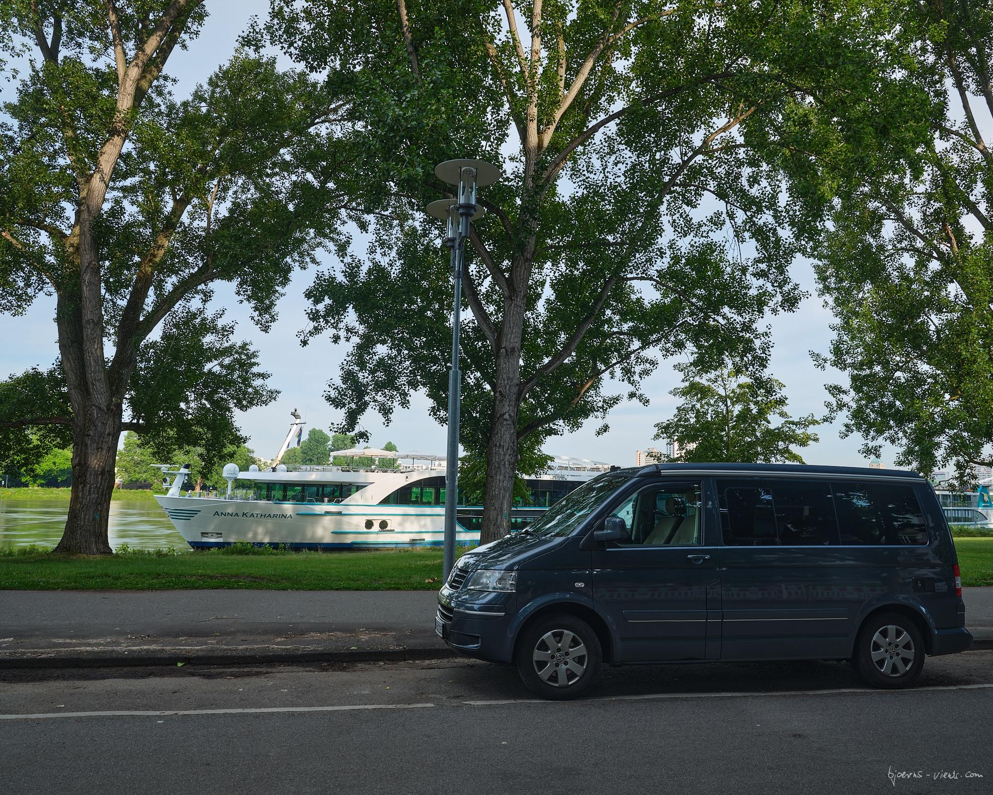 bjoernsviews, Fuji, capture one, bjoerns-views, bjoerns-views.com, Fujifilm, GFX, Mannheim, Konrad Adenauer Brücke, Schloss, Sonnenaufgang, Rhein, Jesuitenkirche
