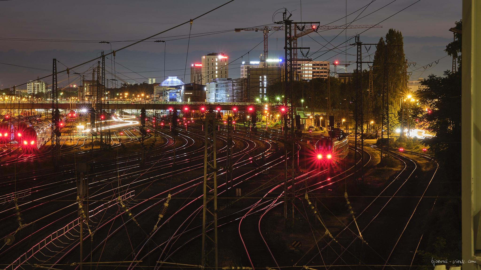 Mannheim, Nacht, Bahnhof, Neckarauer Übergang, Gleise
